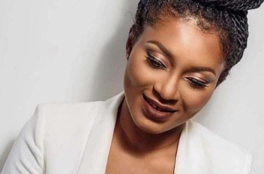 Tracy Sarkcess Cries Over Ghana's Quarantine Procedures As They Can't Step Out For Fresh Air