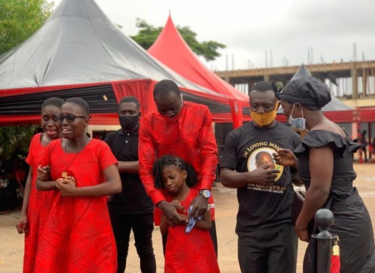 Nana Adjei Sikapa's Wife And Children Weeps At His One Week Commemoration – Watch Sad Video