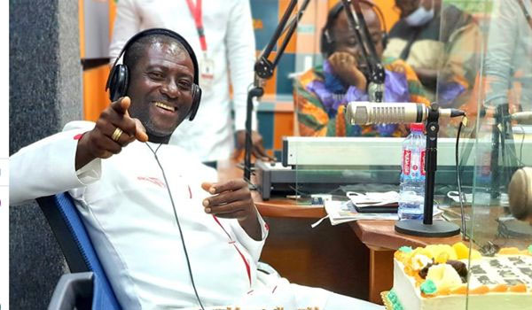 Captain Smart 'Turns A Woman'; Donned Kaba And Slit To Host His Show At Angel FM – See Photo