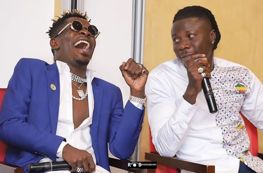 Shatta Wale And Stonebwoy Meet To Have Lunch After Asaase Sound Clash – See Lovely Photos