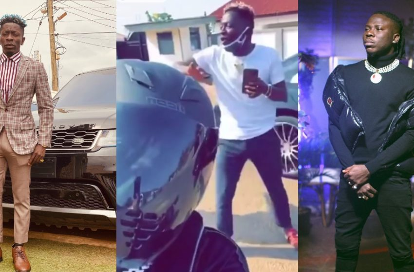 Watch The Beautiful Moment When Shatta Wale And Stonebwoy Meet Each Other In Town (+Video)