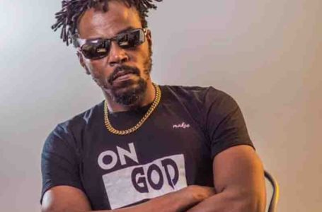 How Do We Fix Ourselves When We Don't Have Water To Bath? – Kwaw Kese Descends On #FixYourselves Campaigners (Video)