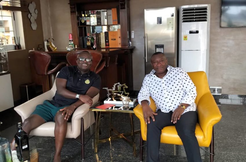 Money Is Sweet: Dr Ofori Sarpong Hangs Out With Bola Ray On September 21 Holiday; Beautiful Photos Pop Up