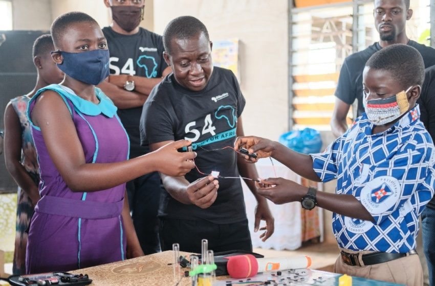 STEM FOR AFRICA (S4A) Project Launched By 1Billion Africa In Hwidiem – Ahafo Region