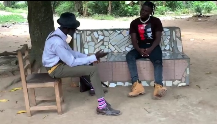 Stonebwoy Is The Latest Actor In Town, Joins Lilwin To Shoot Cocoa Season TV Series – Watch