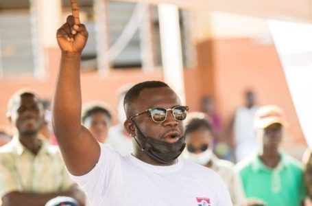 HOT! Comic Actor Jeneral Nta Tia Vows To Sue And Make Millions Out Of A Netizen Who Said He Is Chilling With NPP Money In Dubai (Screenshot)