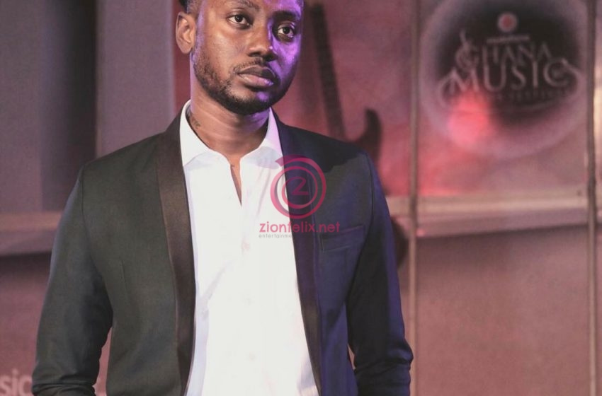 "Pappy Kojo Blasts Fan For Making ""Broken Hearted Men Association"" ID Card For Him"