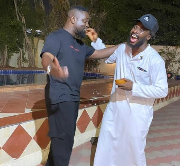 Brotherly Love! Check Out The Vibe Between Sarkodie And Fuse ODG When They Met (+Photos)