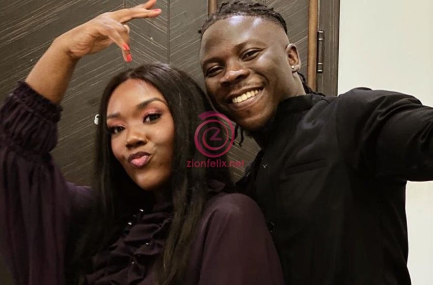 Stonebwoy Sends Sweet Birthday To His Wife, Dr. Louisa As They Arrive In America To Chill (Video)