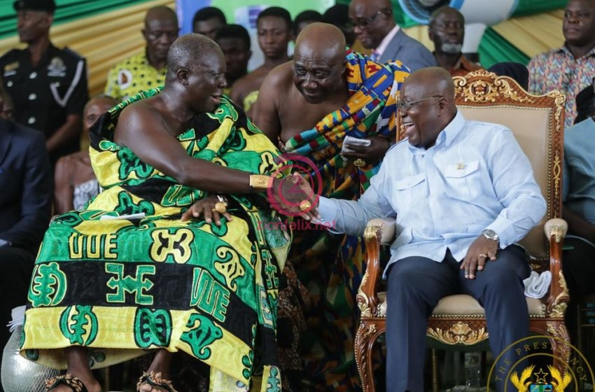 Ghana's Twitter Space Engages In Hot Debate Over Who Is Powerful Between The Asantehene And President Of Ghana