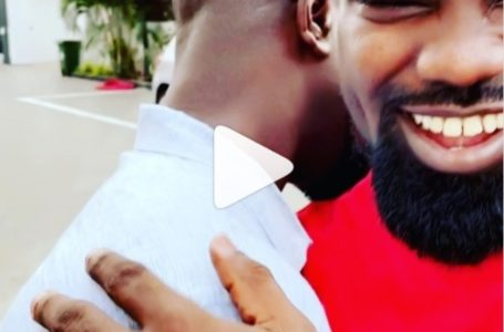 Watch Moment Sarkodie Presented A Brand New Car To Kweku Styls As Birthday Gift (Video)