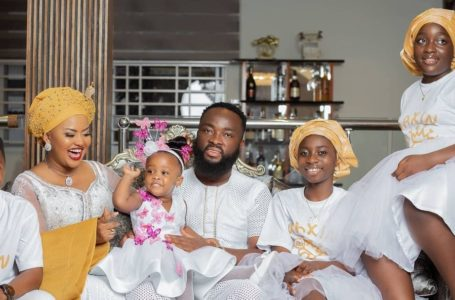 Mcbrown And Husband, Maxwell Lit IG With Beautiful Family Portrait With All Their Children As Baby Maxin Turns Two Years Old