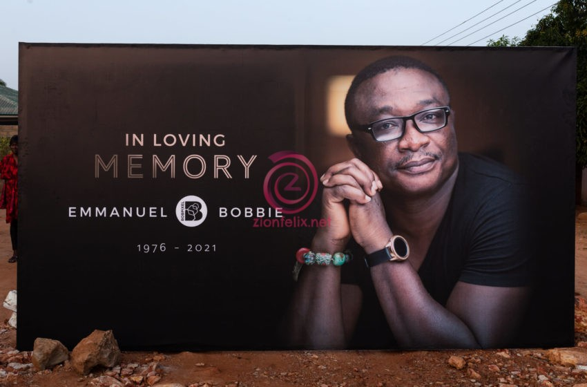 Heartbreaking Photos From The Burial Service Of Popular Photographer, Bob Pixel Surface Online As  He Goes Home Today
