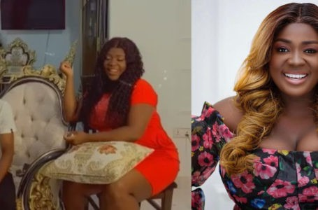 Kyekyeku Thanks Tracey Boakye With An Emotional Note For The $2000 Gift (+video)