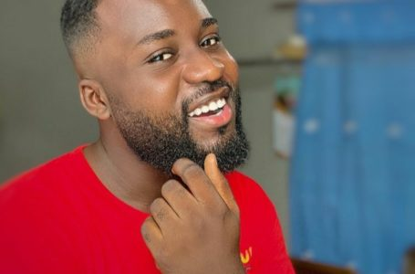 I'm A Fine Boy But Not A Playboy – Ray Of Date Rush (Video)