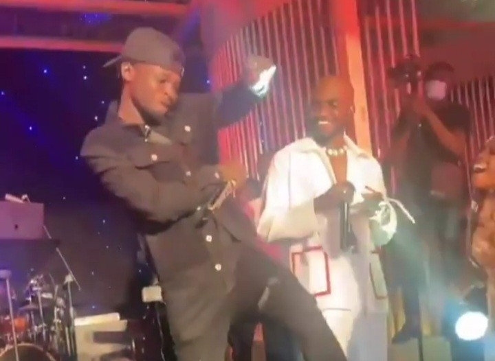 Kuami Eugene And Mr Drew Perform Together Following Months of Back And Forth On Who Steal Songs Than The Other (Video)