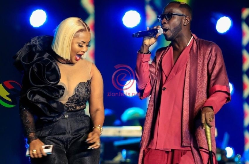 Watch Video Of The Beautiful Moment Nana Ama Mcbrown Joined Her Ex, Okyeame Kwame To Perform At VGMA22