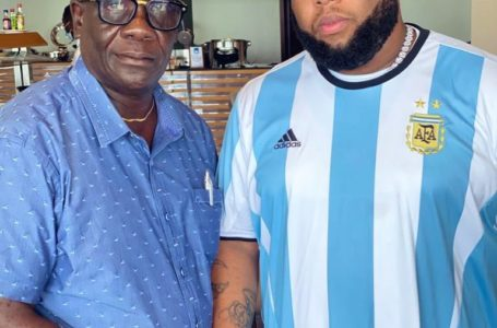 D-Black Hangs Out With Castro's Dad