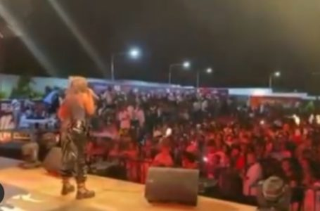 Video Shows The Massive Love Gyakie Got From Tanzanians