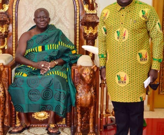 Amb. Michael Oquaye, CEO Of GFZA, Pays Courtesy Call On Otumfuor